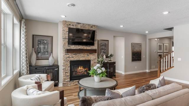 7376 Emily Circle, Lino Lakes, MN 55038 (#5717913) :: Bos Realty Group