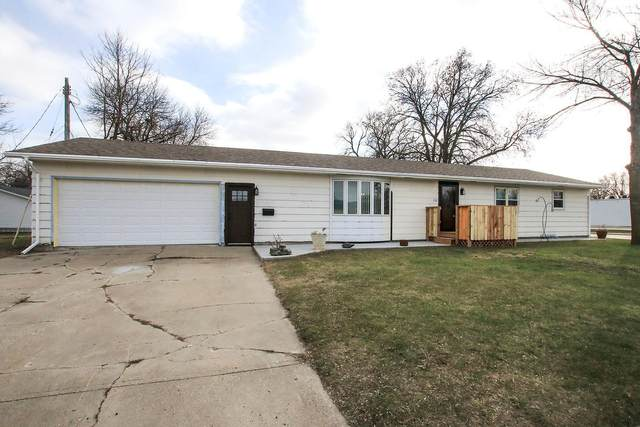100 E 5th Street, Redwood Falls, MN 56283 (#5728685) :: Lakes Country Realty LLC