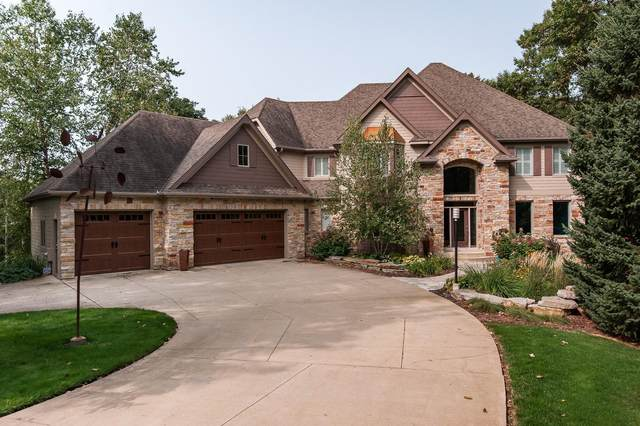 1327 Creek Lane SW, Rochester, MN 55902 (#5736142) :: Holz Group
