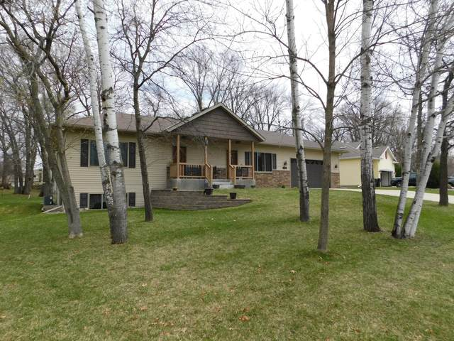 404 High Drive, Sartell, MN 56377 (#5736716) :: Tony Farah | Coldwell Banker Realty