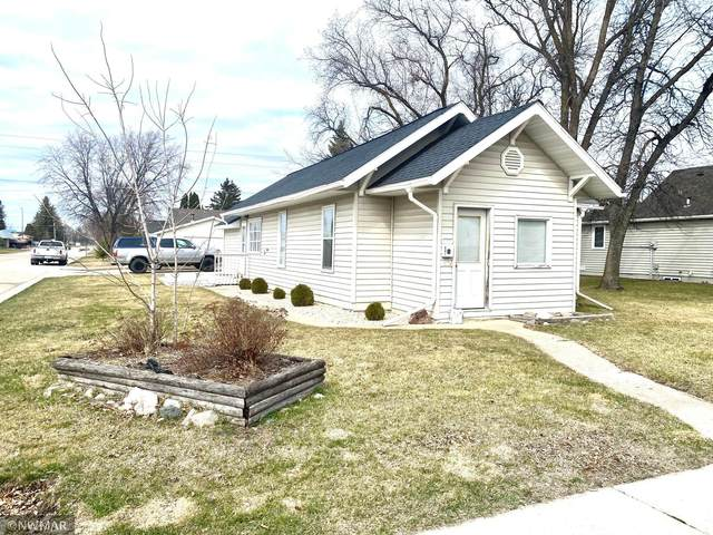 801 Center Street E, Roseau, MN 56751 (MLS #5741174) :: RE/MAX Signature Properties