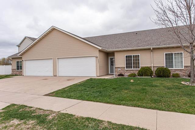 5247 Weatherstone Drive NW, Rochester, MN 55901 (#5742539) :: Tony Farah | Coldwell Banker Realty