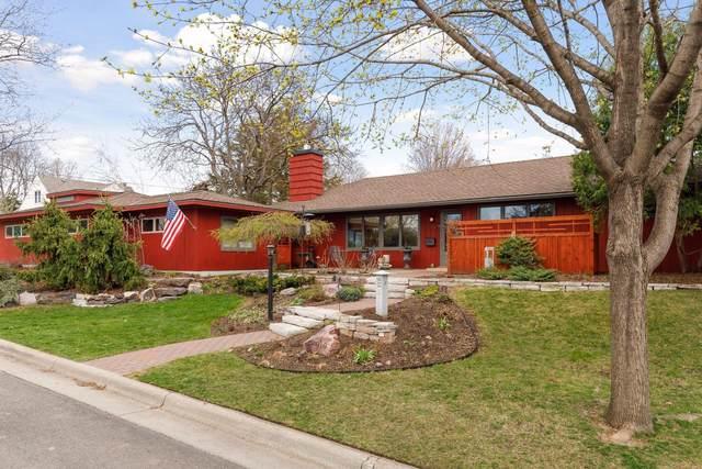 910 Howell Street S, Saint Paul, MN 55116 (#5743637) :: Holz Group