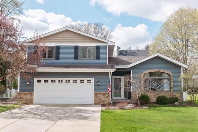 409 Interlachen Lane, Burnsville, MN 55306 (#5744080) :: Twin Cities South
