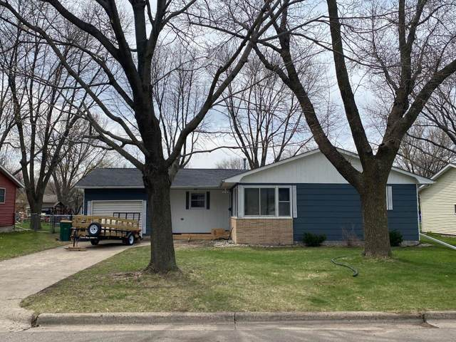 301 Gray Place W, Marshall, MN 56258 (#5746271) :: Lakes Country Realty LLC