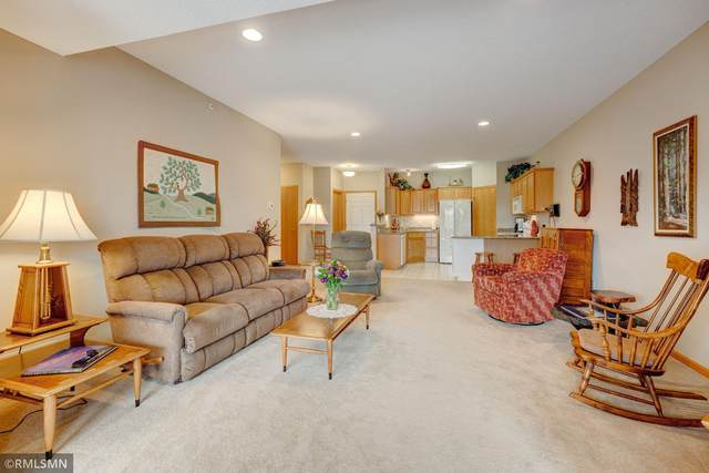 5985 Rowland Road #302, Minnetonka, MN 55343 (#5746758) :: The Michael Kaslow Team