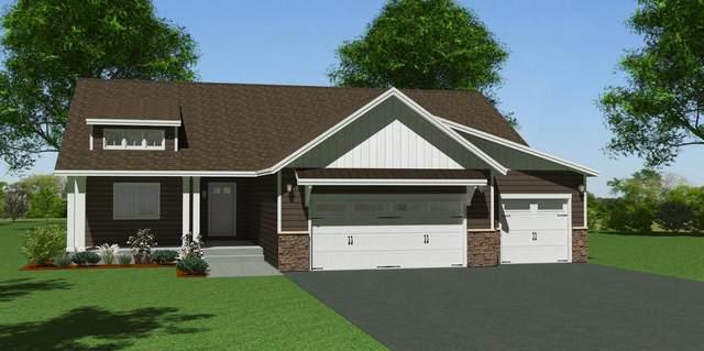 927 Mulberry Avenue NE, Montgomery, MN 56069 (#5749407) :: Carol Nelson | Edina Realty