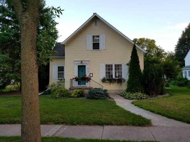 310 E 4th Street, Redwood Falls, MN 56283 (#5750412) :: The Smith Team