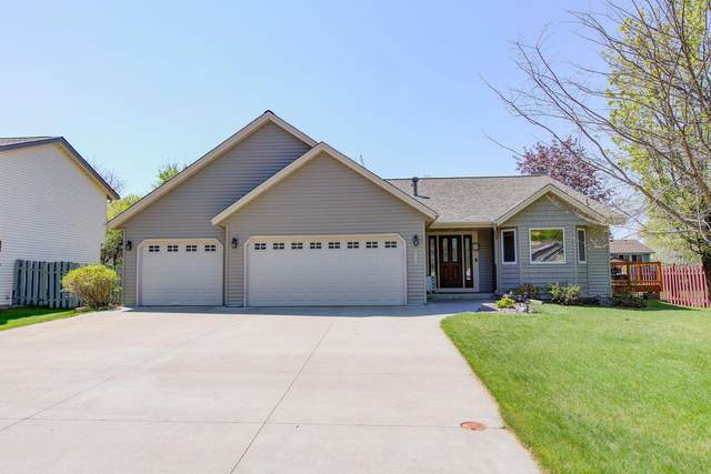 3926 88th Avenue NE, Blaine, MN 55014 (#5750539) :: The Preferred Home Team