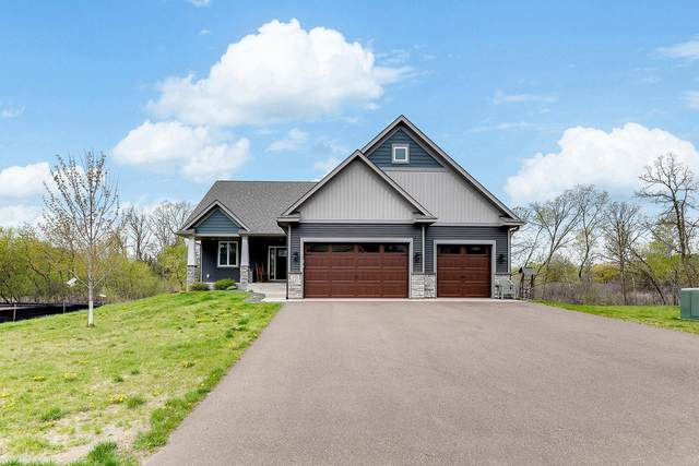 26536 Frontier Avenue, Wyoming, MN 55092 (#5751940) :: Holz Group