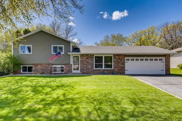 8108 137th Street W, Apple Valley, MN 55124 (#5752554) :: The Janetkhan Group