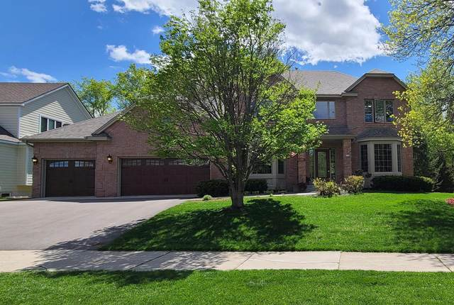 570 Hawthorne Woods Drive, Eagan, MN 55123 (#5753834) :: The Janetkhan Group