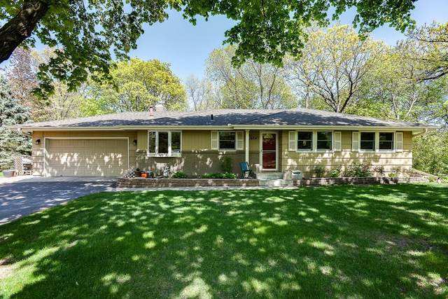 6647 Canterbury Lane, Eden Prairie, MN 55346 (#5755640) :: Tony Farah | Coldwell Banker Realty