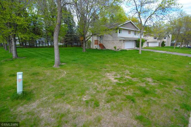 17846 Evener Way, Eden Prairie, MN 55346 (#5755707) :: Tony Farah | Coldwell Banker Realty