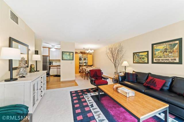 7510 Cahill Road 210B, Edina, MN 55439 (MLS #5756647) :: RE/MAX Signature Properties
