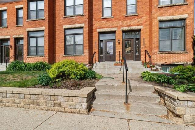 2502 Lyndale Avenue S 2502A, Minneapolis, MN 55405 (#5758335) :: Tony Farah | Coldwell Banker Realty
