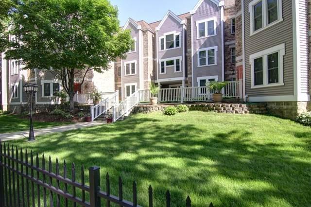 455 Dayton Avenue #210, Saint Paul, MN 55102 (#5762982) :: Bos Realty Group