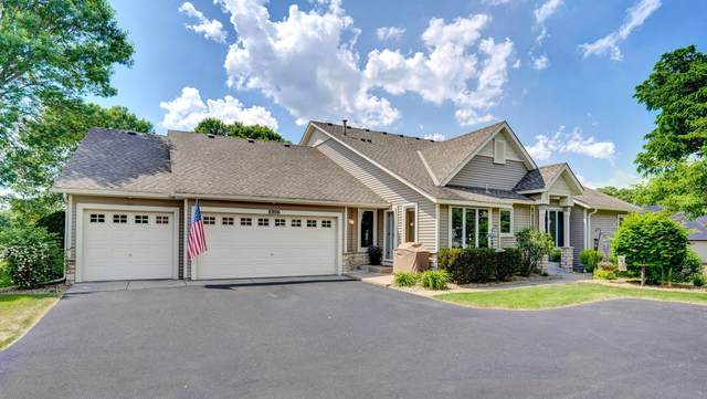 8806 Stonebrooke Trail, Woodbury, MN 55125 (#5764371) :: Helgeson Platzke Real Estate Group