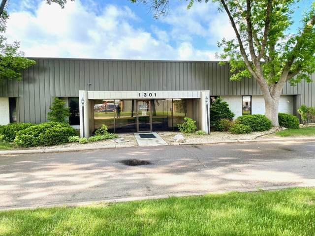1301 Cliff Road E 2 &36, Burnsville, MN 55337 (#5765156) :: Happy Clients Realty Advisors
