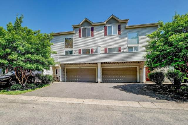 9104 Comstock Lane N, Maple Grove, MN 55311 (#5766991) :: Bos Realty Group