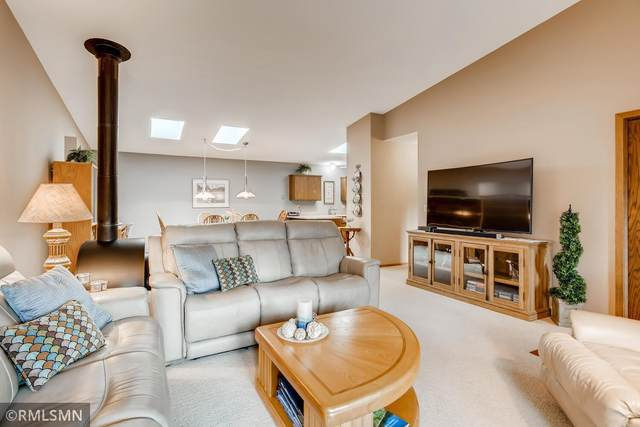 3074 Innsbruck Drive, New Brighton, MN 55112 (#5769567) :: Twin Cities Elite Real Estate Group | TheMLSonline