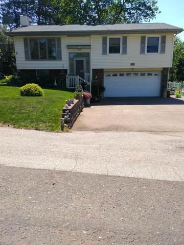 130 Knollwood Drive, Moose Lake, MN 55767 (#6005251) :: Tony Farah | Coldwell Banker Realty