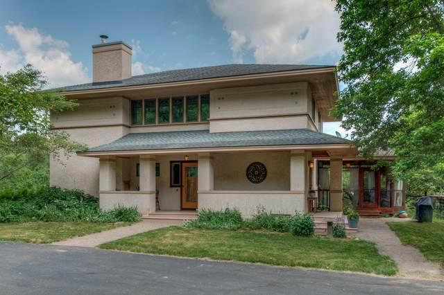 N8724 1020th Street, River Falls, WI 54022 (#6005258) :: Tony Farah | Coldwell Banker Realty
