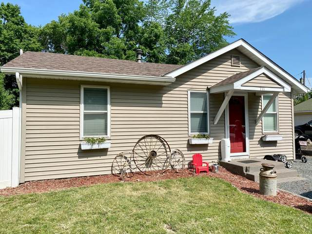 711 Kent Street, Osceola, WI 54020 (#6006119) :: Helgeson Platzke Real Estate Group