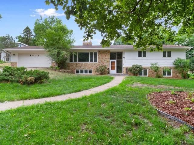 4823 Caribou Drive, Minnetonka, MN 55345 (#6007766) :: Tony Farah | Coldwell Banker Realty