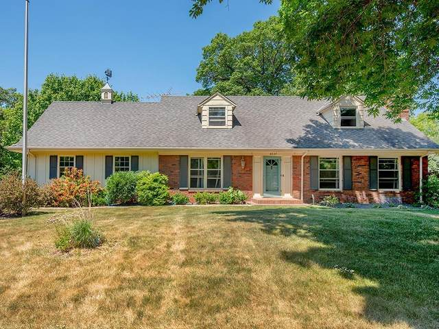 4057 Fairview Avenue N, Arden Hills, MN 55112 (#6011952) :: Happy Clients Realty Advisors