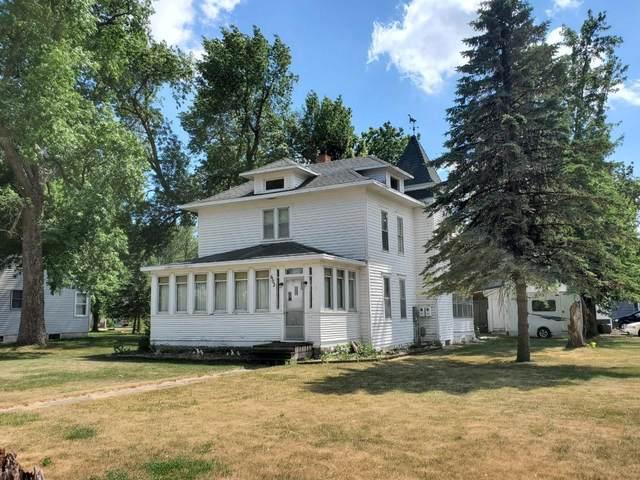 602 10th Street, Heron Lake, MN 56137 (#6012155) :: Tony Farah | Coldwell Banker Realty