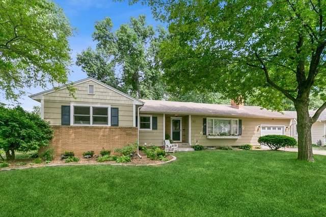 317 Althea Lane, Hopkins, MN 55343 (#6013213) :: Bre Berry & Company