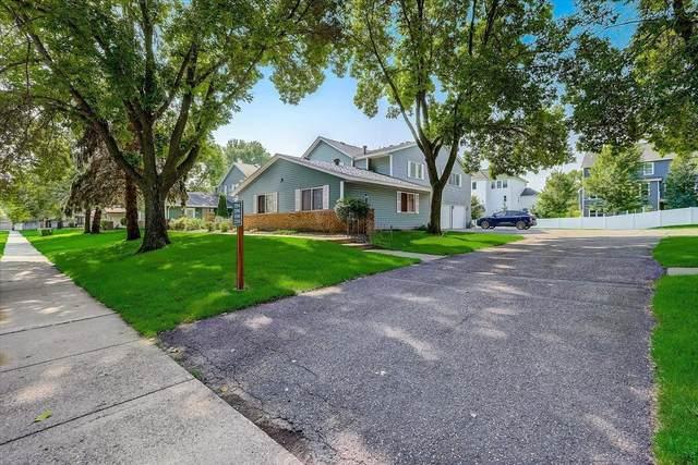 1196 W Royal Oaks Drive, Shoreview, MN 55126 (#6023389) :: Bos Realty Group