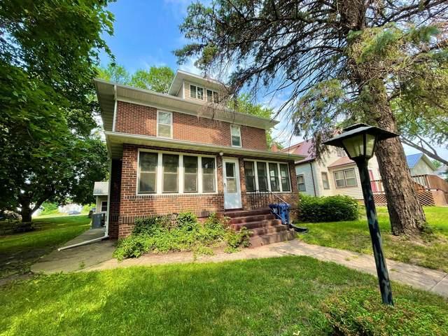 326 N Van Buren Avenue, Springfield, MN 56087 (#6029607) :: The Michael Kaslow Team