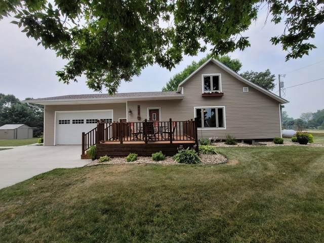 411 Elizabeth Avenue, Lake Wilson, MN 56151 (#6071639) :: Bos Realty Group