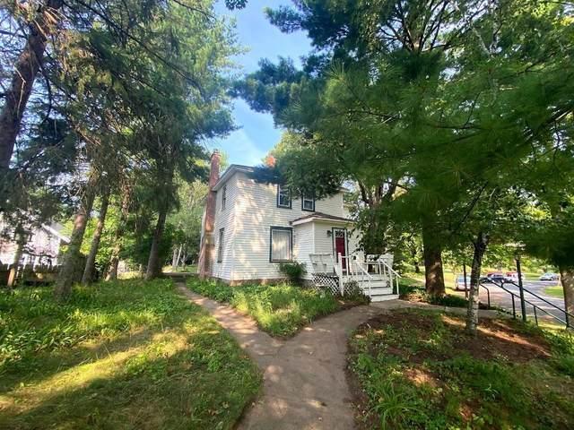 335 Park Circle, Menomonie, WI 54751 (#6092566) :: The Pietig Properties Group