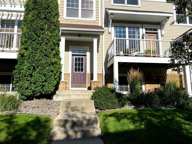 1670 Village Trail E #2, Maplewood, MN 55109 (#6094315) :: Lakes Country Realty LLC