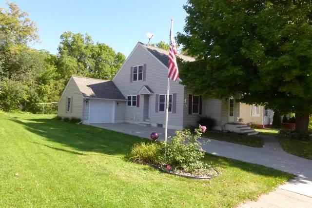 252 W Kinne Street, Ellsworth, WI 54011 (#6096197) :: Happy Clients Realty Advisors