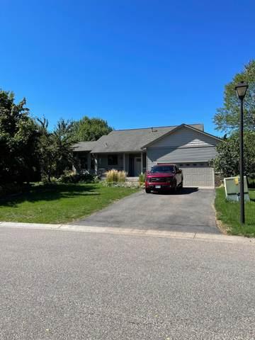 912 Sunrise Drive, Woodbury, MN 55125 (#6099979) :: The Smith Team