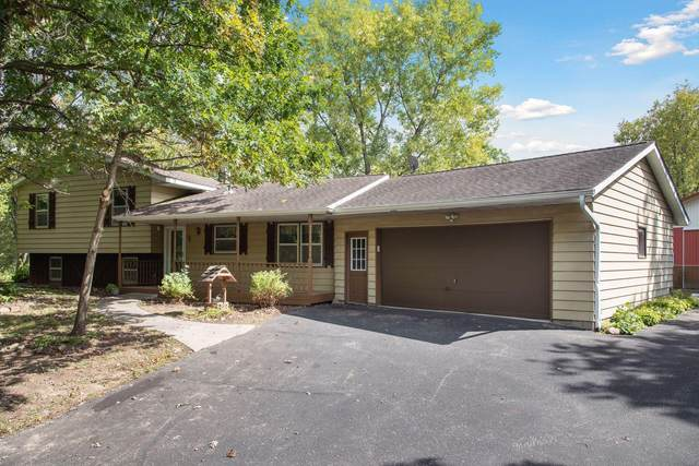 415 169th Avenue, Somerset Twp, WI 54025 (#6100796) :: Bre Berry & Company