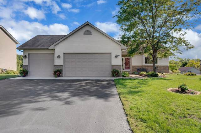 688 August Drive, Chaska, MN 55318 (#6101903) :: Lakes Country Realty LLC