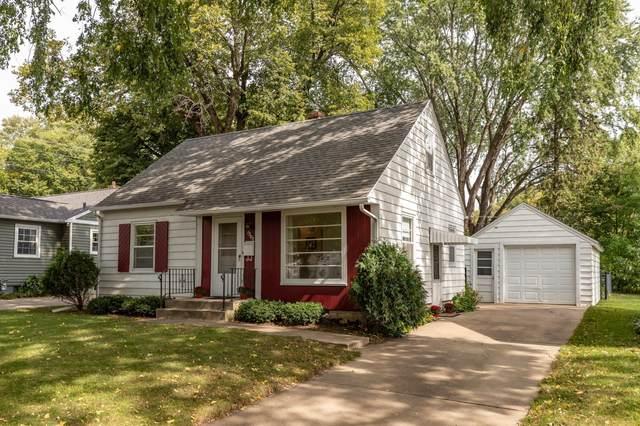 1302 12th Avenue NE, Rochester, MN 55906 (MLS #6101939) :: RE/MAX Signature Properties