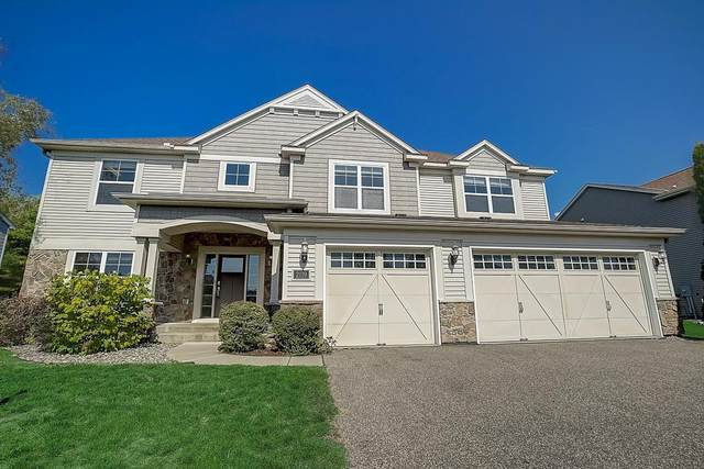2119 Vermillion Curve, Woodbury, MN 55129 (#6102257) :: The Janetkhan Group