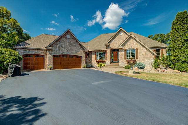 5841 190th Street E, Prior Lake, MN 55372 (#6103946) :: The Janetkhan Group