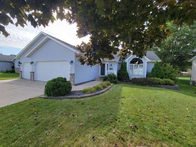 771 18th Street NE, Owatonna, MN 55060 (MLS #6105386) :: RE/MAX Signature Properties