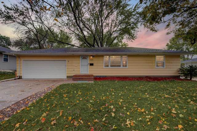6901 39th Avenue N, Crystal, MN 55427 (#6111048) :: Straka Real Estate