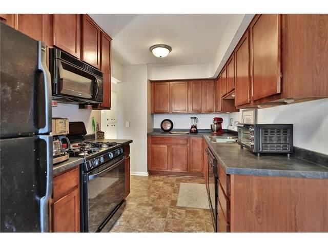 63 Iowa Avenue W, Saint Paul, MN 55117 (#6116857) :: Bre Berry & Company