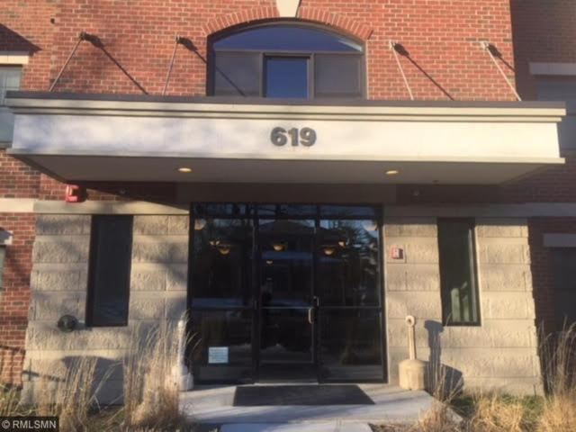 619 8th Street SE #206, Minneapolis, MN 55414 (#4939959) :: The Sarenpa Team