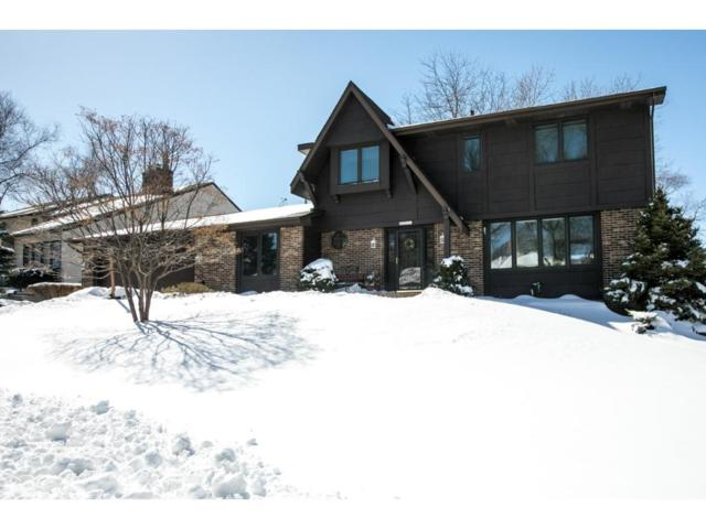 5711 Hyland Greens Drive, Bloomington, MN 55437 (#4940635) :: The Snyder Team