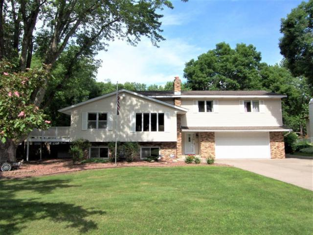 4234 Goodwin Avenue N, Oakdale, MN 55128 (#4969940) :: Olsen Real Estate Group
